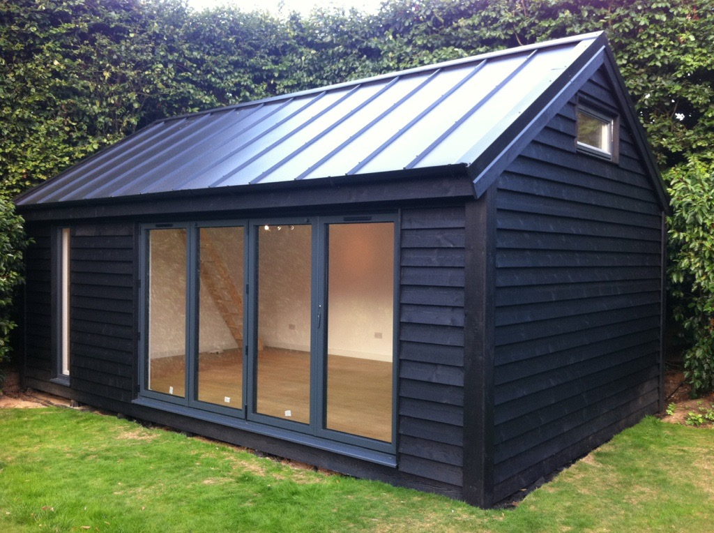 Prefab garden rooms garden ftempo for Prefab garden buildings